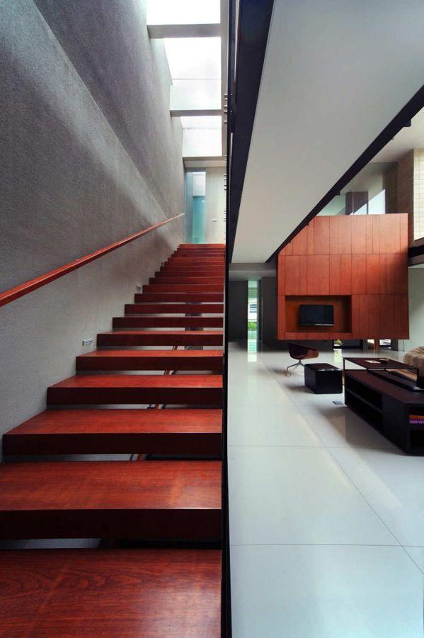 1293462051-tan-residence-12-666x1000