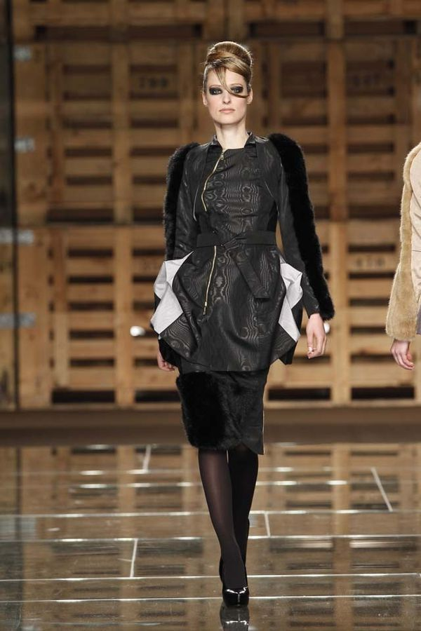 Storytailors-automne-hiver-2012-2013-Portugal-Fashion-15.jpg