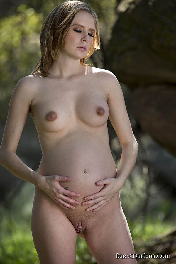 Dame-Elly-nue-7.jpg