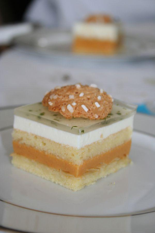 bavarois-abricot-amande-basilic3.jpg