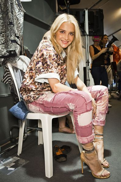 1002-isabel-marant-spring-2012-trend-ripped-pink-jeans_fd.jpg