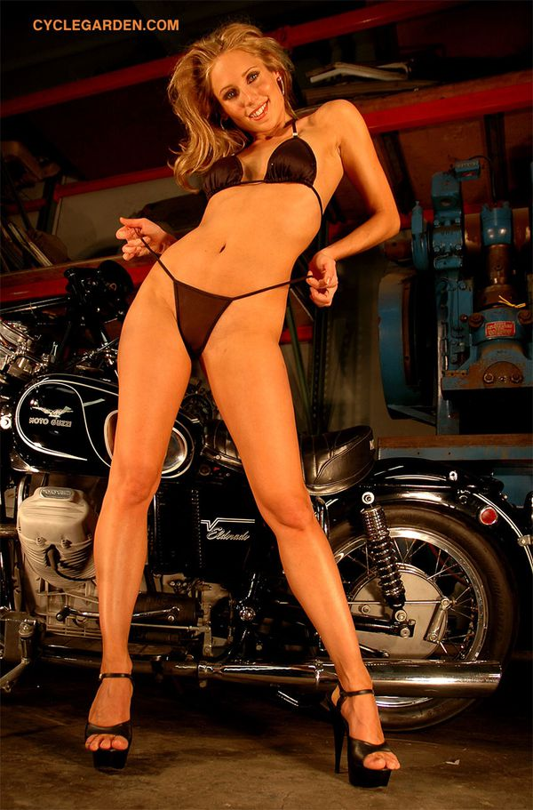 2012 biker hotties Crystal Stone 005 www.cyclegarden.com