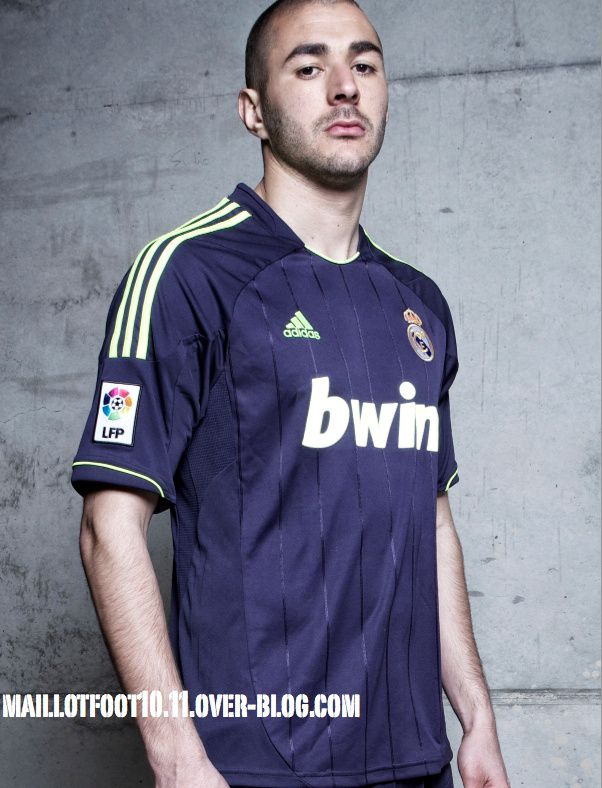 real-madrid-2012-2013-maillots.jpg