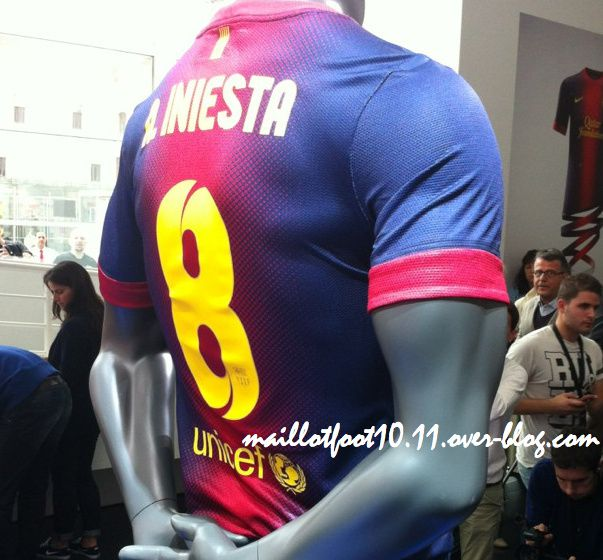 2012-2013-fc-barcelone-maillot.jpeg