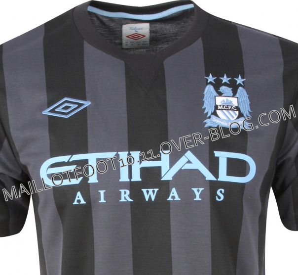 maillot-third-2013-manchester-city.jpg