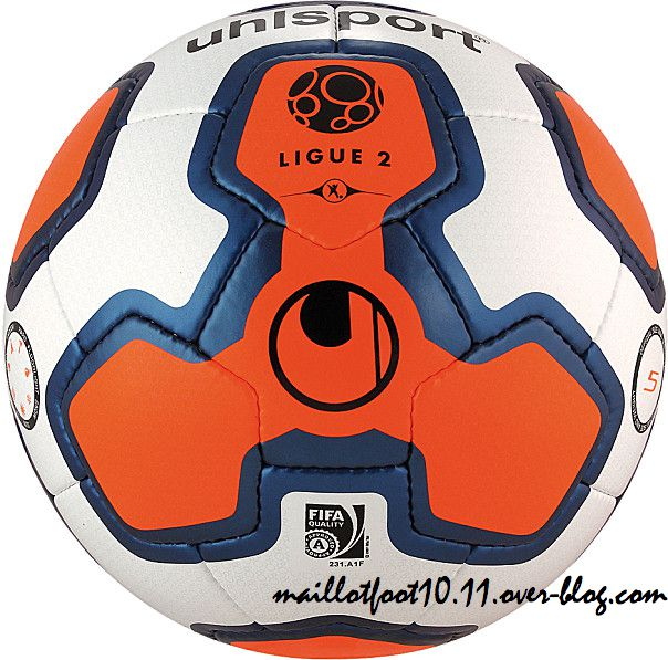 nouveau-ballon-ligue-2-2014-.jpeg