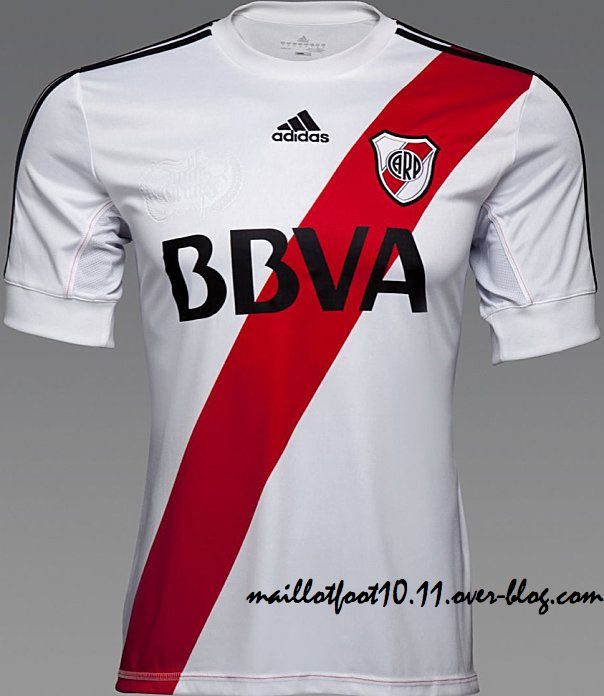 river-plate-mailllot-2013-.jpeg
