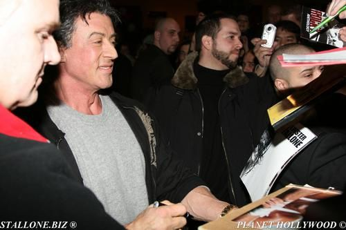 Sylvester STALLONE au Planet Hollywood