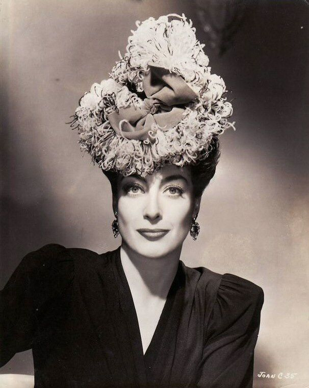 Joan CRAWFORD...