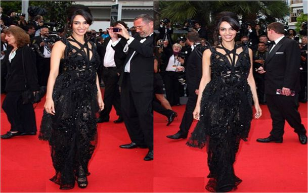 Mallika-Sherawat-at-Cannes-2011-Pirates-Of-The-Carribean-Sc.jpg