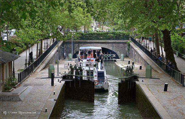 1 Canal Saint-Martin la voûte Richard-Lenoir 1