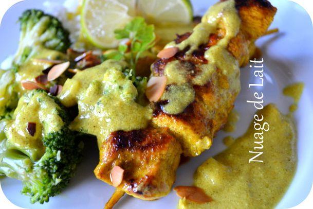 brochettes de poulet sauce coco et curry à l'indienne