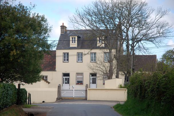 LeTheil-mairieecole-030
