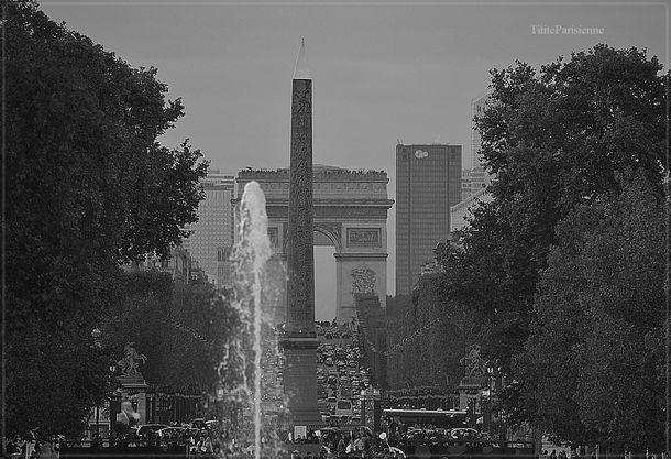 Champs-Elysées article 5