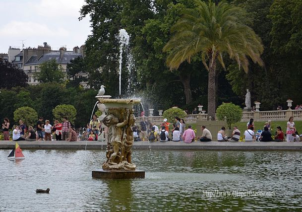 Fontaine Luxembourg 1