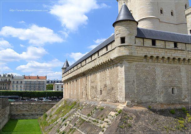 Les douves du Château de Vincennes 3