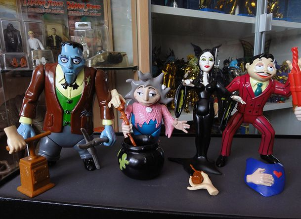 THE ADDAMS FAMILY LOOSE COLLECTION 1 PLAYMATES