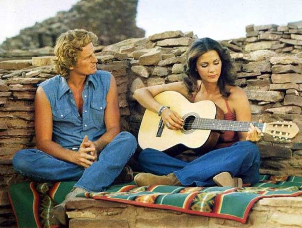 Bobbie-jo-and-the-outlaw-marjoe-Lynda-carter-2