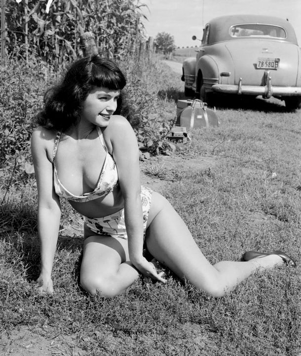 Bettie-Page-4