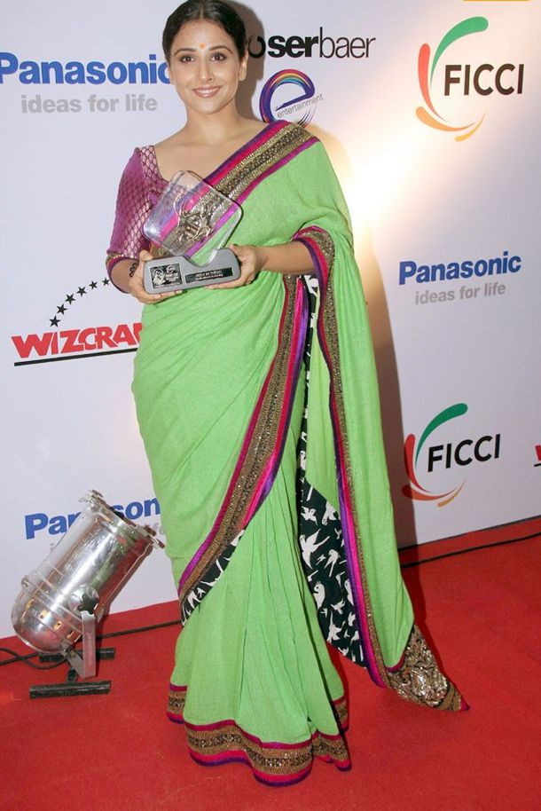 FICCI-Frames-Excellence-Awards2011-3.jpg