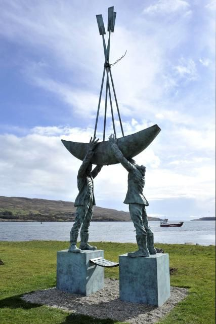 Castletownbere-Fishermans-Memorial-pic-1.jpg