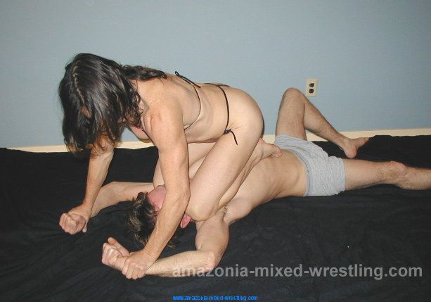 mixed-wrestling-3