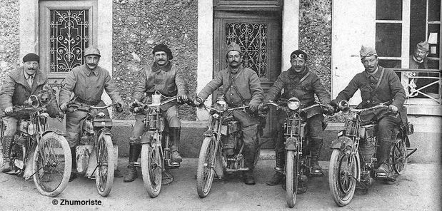 BSA---TRiumph-groupe-copy-220.jpg