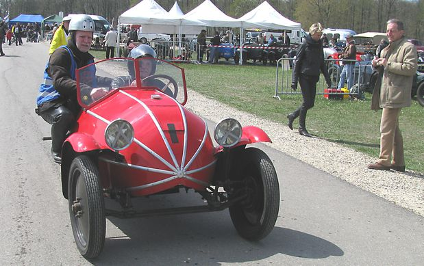 Gillet-cyclecar-Campion-.JPG