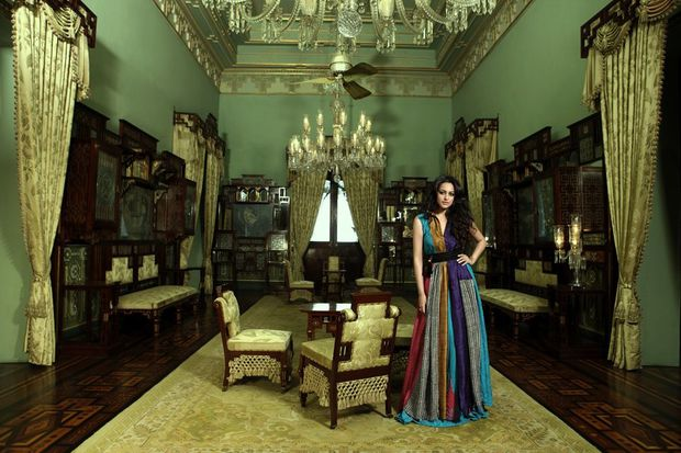 Sonakshi-Sinha-on-the-cover-of-Hi--Living--7.jpg