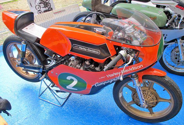 Aermacchi-Harley-Vincennes.jpg