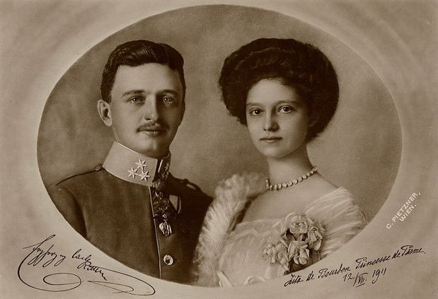 Zita-Charles-Official-Wedding-Portrait-July-12-1911-parousi.jpg