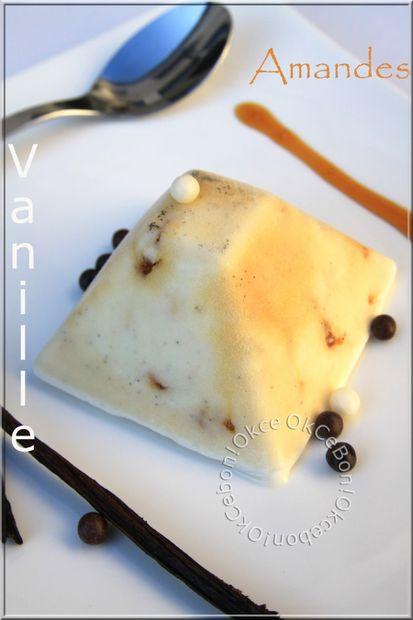Glace vanille aux éclats d'amandes caramélisées