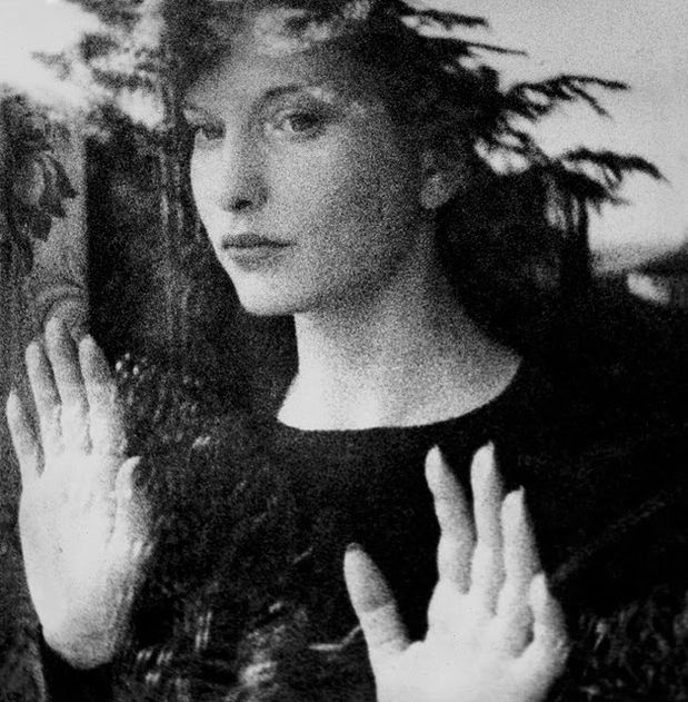 Maya-Deren-in-Meshes-of-the-Afternoon.jpg