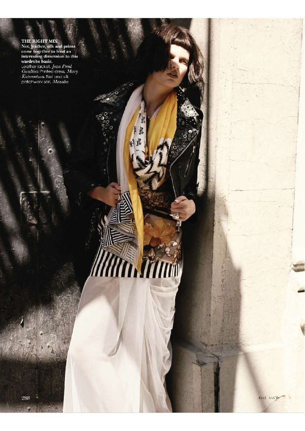 Bette-Franke-by-Paul-Maffi-for-Vogue-India-October-2010-5.jpg