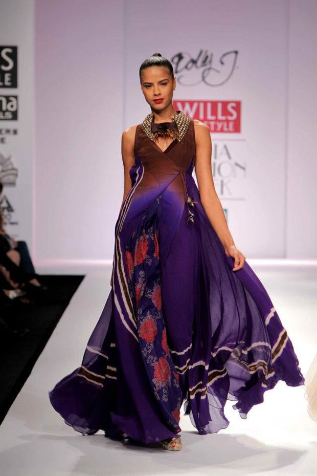 Dolly-at-the-J-Wills-Lifestyle-India-Fashion-Week --- Autom.jpg