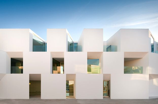 AIRES MATEUS lar in alcacer architecture in portu-copie-1