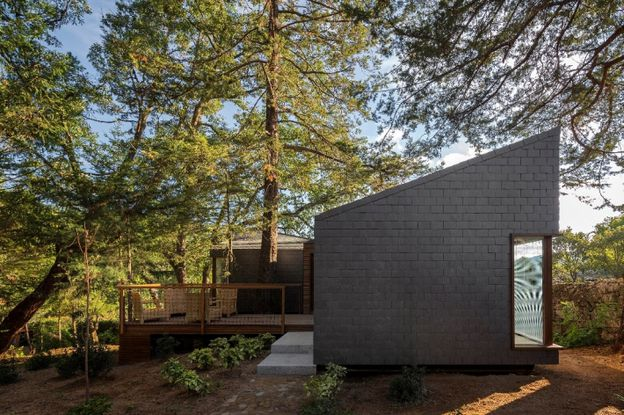 ARCHITECTS-LUIS-REBELO-DE-ANDRADE---DIOGO-AGUIAR-P-copie-4.jpg