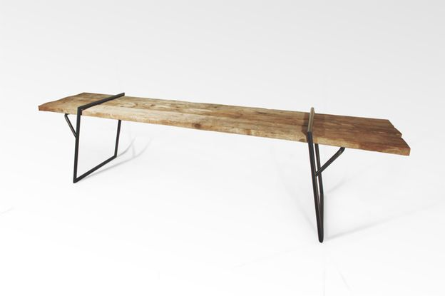 Quadra-table-design-by-Luis-Arrivillaga-3.jpg