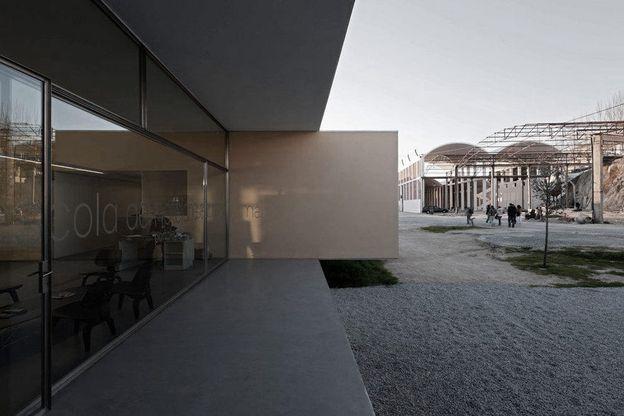 Eduardo-Souto-de-Moura-.-Graca-Correia-.-Hotel-an-copie-14.jpg