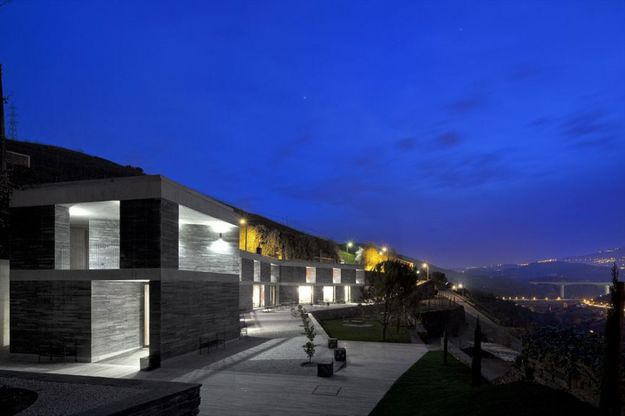 QUINTA DO VALLADO WINERY + HOTEL by GUEDES + DE C-copie-6