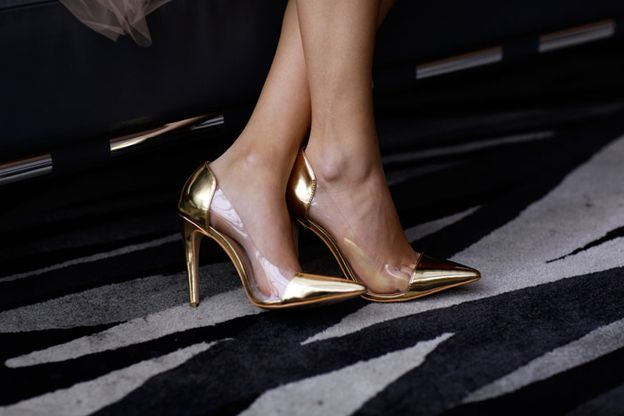 LUIZA-BARCELOS-golden-shoes.jpg