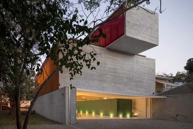 ESTUDIO R by STUDIO MK27 MARCIO KOGAN ARCHITECT BRAZIL 1