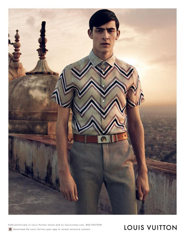 Louis-Vuitton-SS-15-Men-s-Campaign-on-ArcStreet-ma-copie-2.jpg