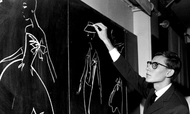 YSL-1957--drawing-on-christian-dior-atelier-.jpg