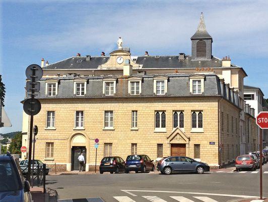 Place Lamant 78100 St Germain en Laye
