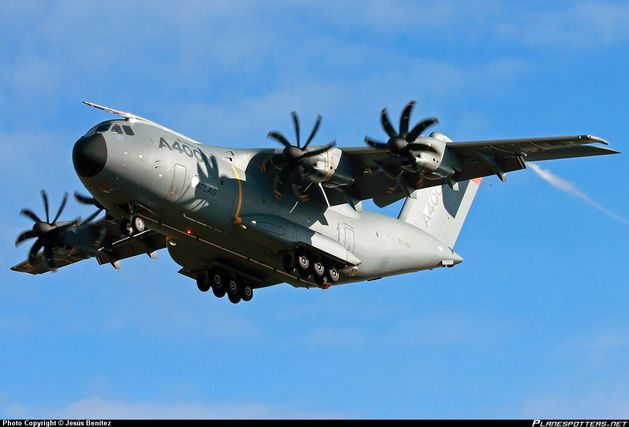 EC-404-Airbus-Military-Airbus-A400_PlanespottersNet_368763.jpg