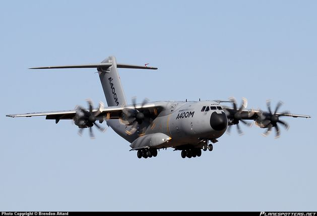 EC-402-Airbus-Military-Airbus-A400_PlanespottersNet_418960.jpg