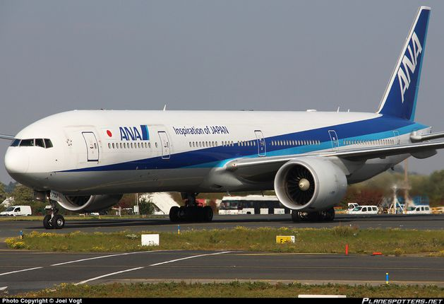 JA782A-All-Nippon-Airways-Boeing-777-300_PlanespottersNet_5.jpg