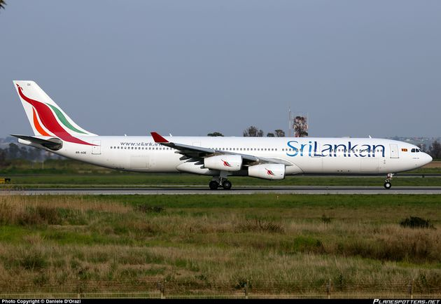 4R-ADE-SriLankan-Airlines-Airbus-A340-300_PlanespottersNet_.jpg