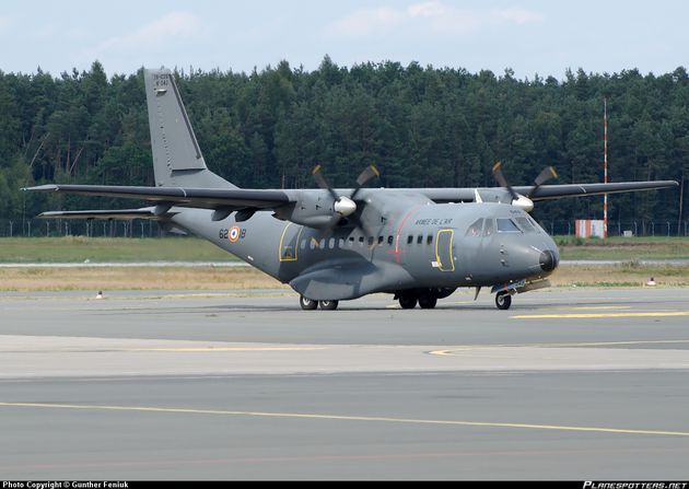 045-Arme-de-lAir-French-Air-Force-CASA-CN-235_Planespotters.jpg